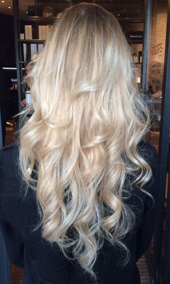 coloration baby blond by melissa pour cizor 39 s cizor 39 s coiffeur visagiste paris. Black Bedroom Furniture Sets. Home Design Ideas